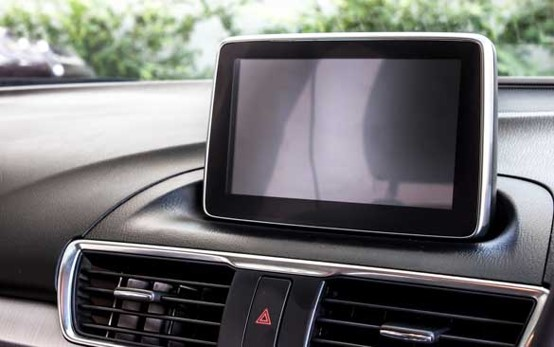 Global automotive display system market was valued at 11621 Million US$ in 2018 and is projected to reach 13997 Million US$ by 2024